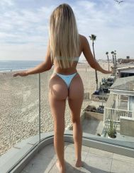 Kim, 25